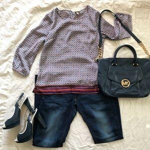Beautiful flowy blouse